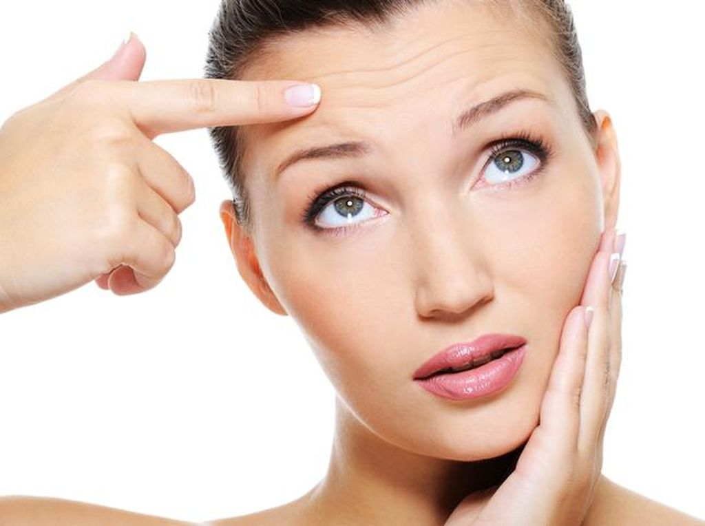 Pakai Skincare Anti Aging dan 5 Langkah Lain Agar Tetap Awet Muda