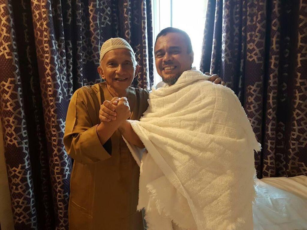 Kasus Palu-Arit dan Jenderal Hansip Habib Rizieq Masih Lanjut