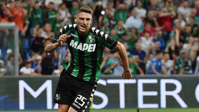 Sassuolo jadi tim dengan nilai sponsor pada seragam tertinggi di Serie A (Foto: Getty Images/Giuseppe Bellini)