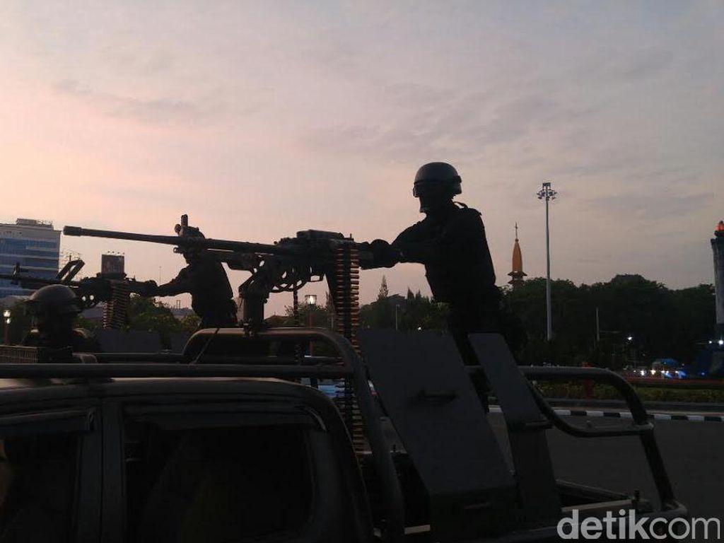 Tentang Pasukan Super Elite TNI yang Diterjunkan Ganyang Teroris