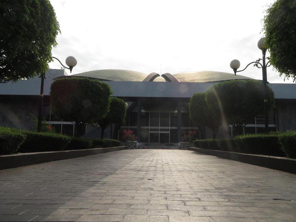 Komisi II DPR: Publik Harus Tegur Calon Kepala Daerah Abai Protokol Kesehatan