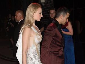 Asmara Joe Jonas dan Sophie Turner Direstui Keluarga