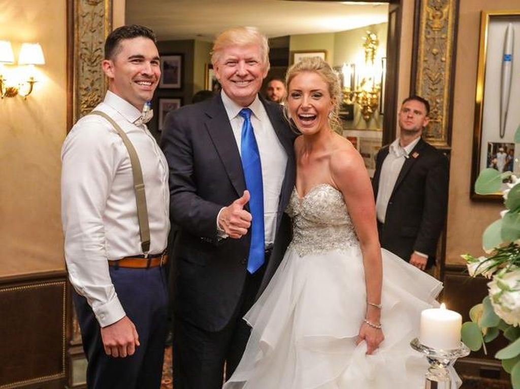 Ketika Donald Trump Jadi Tamu Tak Diundang di Pernikahan Ini