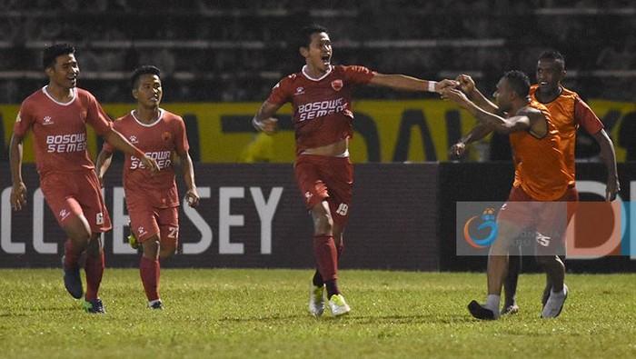 PSM Makassar ketika menghadapi Gresik United di partai Liga 1 (Foto: Liga-Indonesia.id)