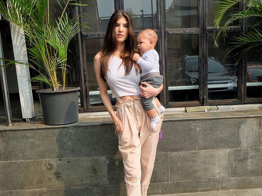 Ini Tips Mikaila Patritz Agar Nggak Gampang Jadi Ibu Baper