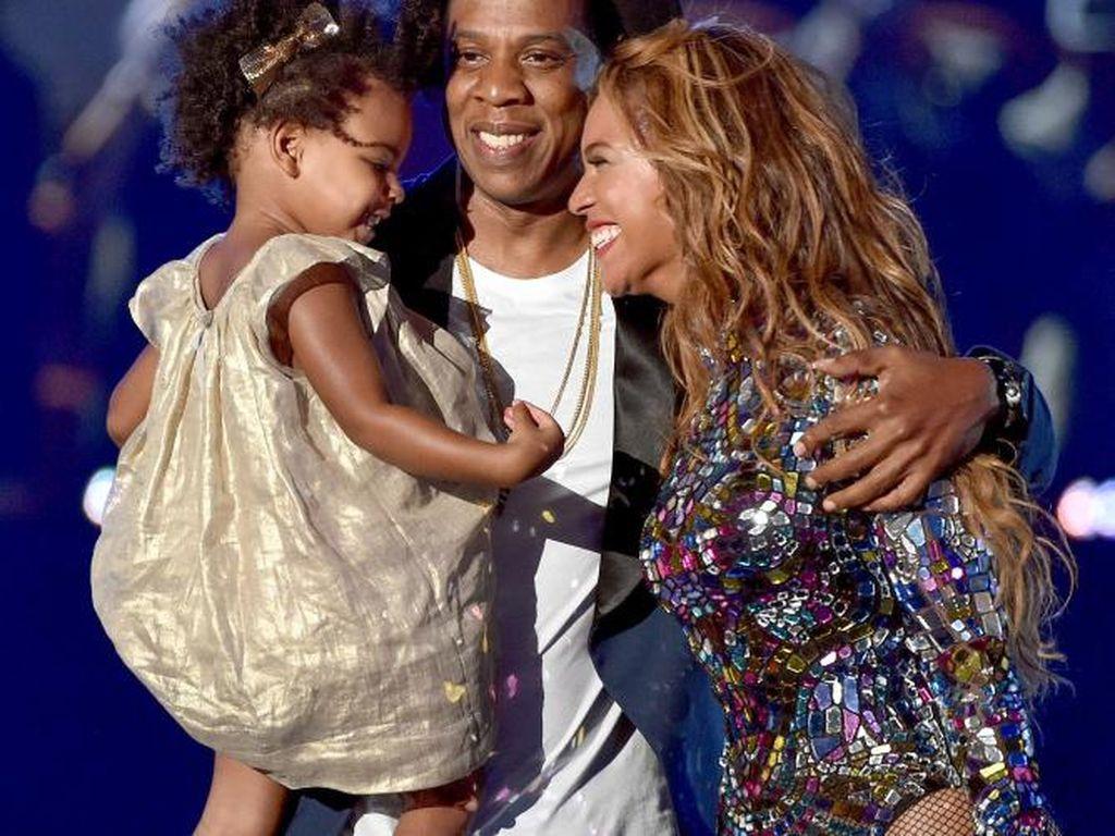 Jay-Z Akui Pernah Menduakan Beyonce dalam Single Terbarunya