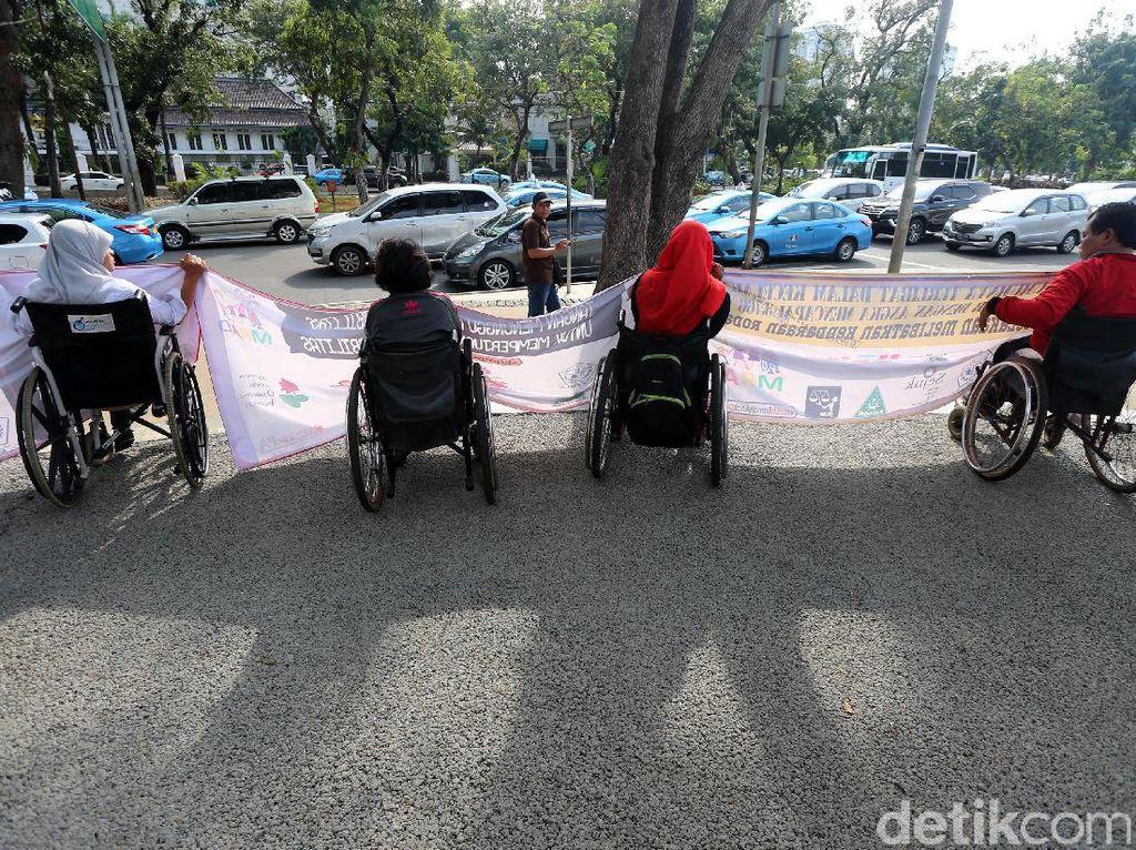Aksi Tuntut Mudik Ramah Anak dan Disabilitas