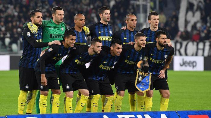 Inter Milan belum mendatangkan pemain baru di bursa transfer musim panas ini (Foto: Getty Images/Valerio Pennicino)