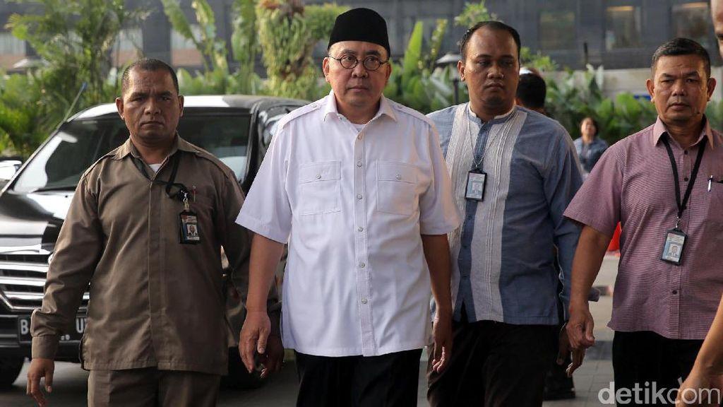 Terjaring OTT, Gubernur Bengkulu Diboyong ke KPK