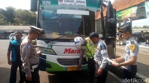 Polisi Cianjur Tegur PO Bus yang Abaikan Peralatan Kedaruratan