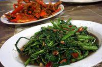 Cah kangkung enak untuk teman makan kepiting dan nasi