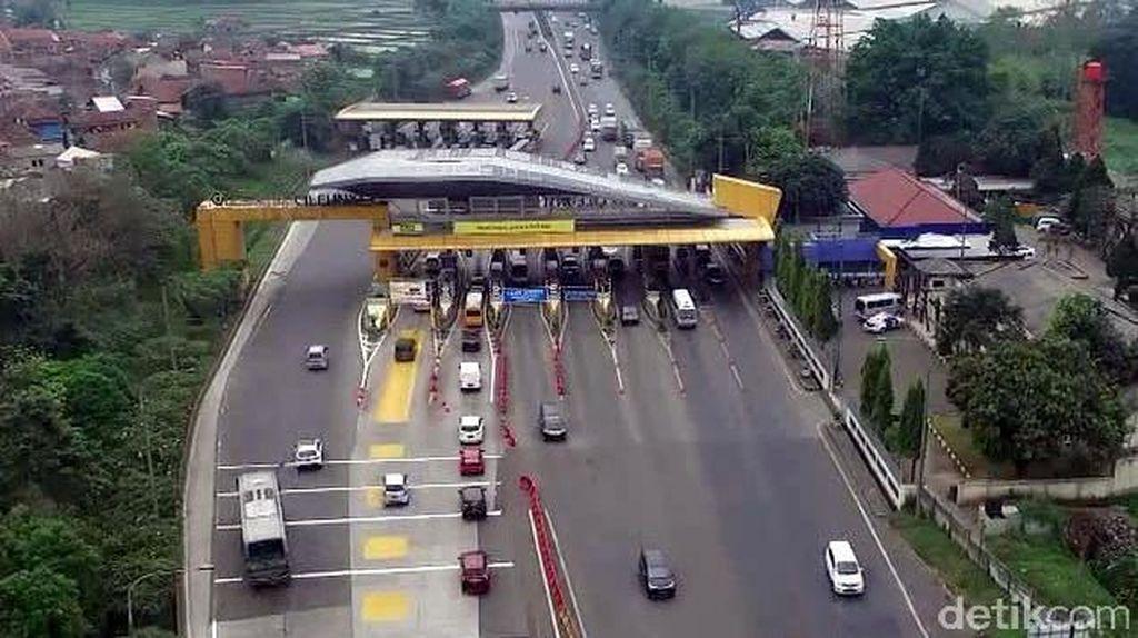 H-5 Lebaran, Gerbang Tol Cileunyi Ramai Lancar
