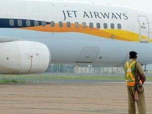 Bayi Lahir di Udara, Jet Airways Beri Tiket Gratis Seumur Hidup