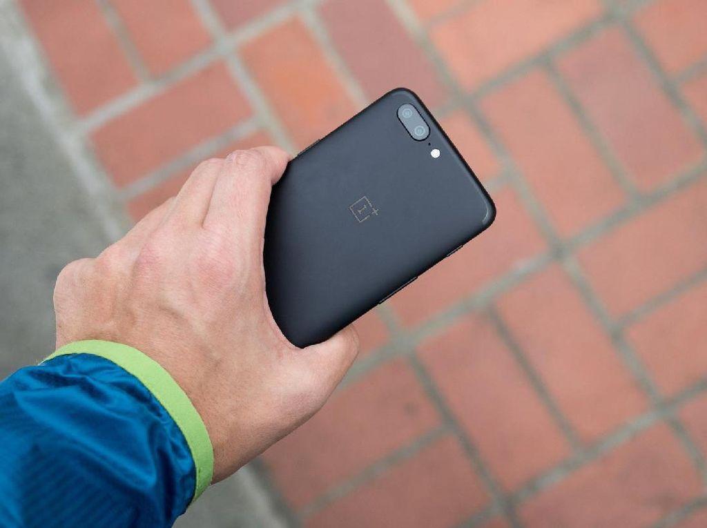 Pengguna Keluhkan Daya Tahan Baterai OnePlus 5