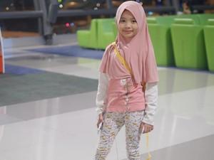 5 Tips Pilihkan Hijab untuk Anak