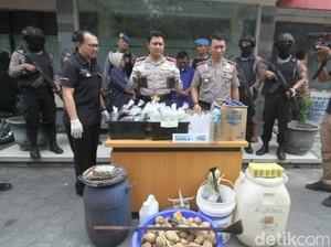 Polisi Tangkap Peracik Miras Oplosan Penyebab 2 Warga Solo Tewas