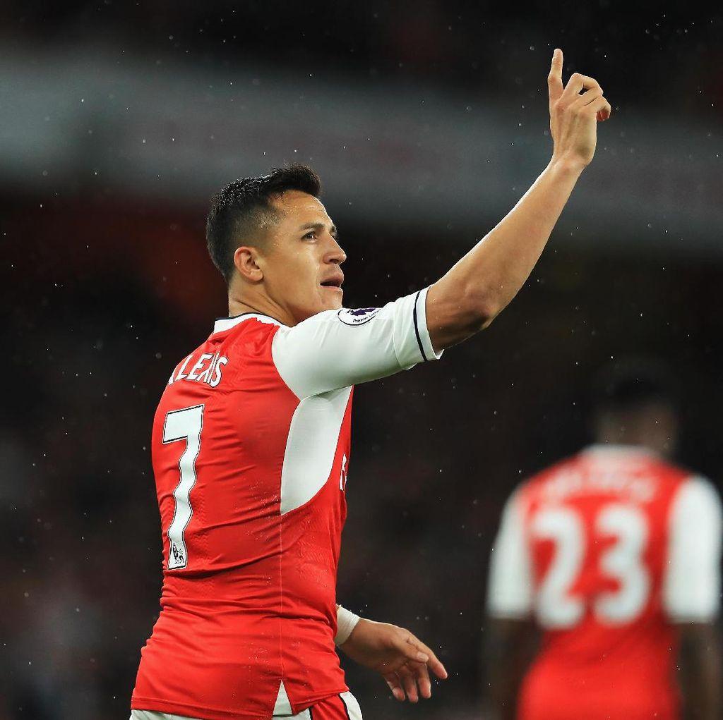 Mustafi Ingin Alexis Sanchez Bertahan di Arsenal