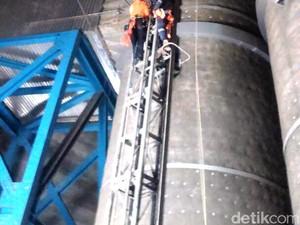 Lift Tak Berfungsi, 7 Orang Terjebak di Cerobong Asap PLTU Palabuhanratu