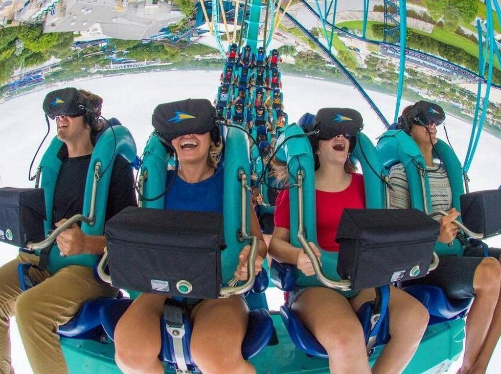 Roller Coaster Berpadu dengan Virtual Reality, Makin Deg-degan!
