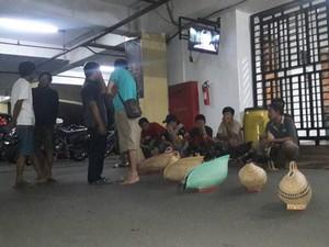 Bawa Sajam dan Sabung Ayam, Puluhan Orang Diamankan Polisi
