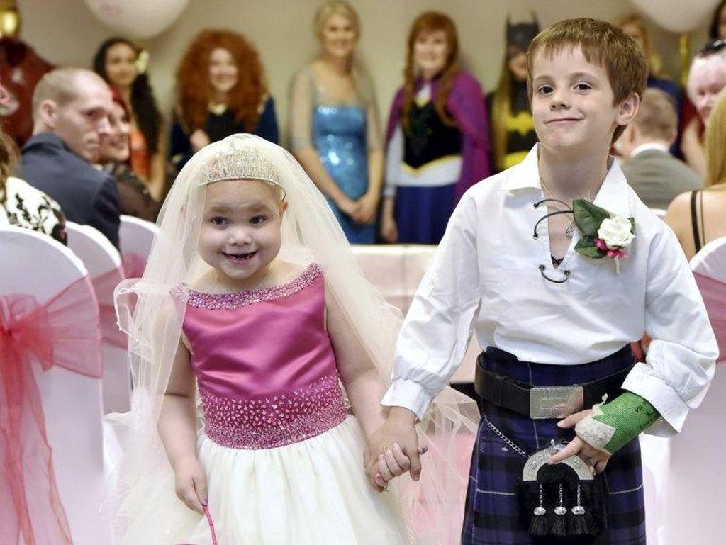 Idap Neuroblastoma, Bocah 5 Tahun Ini Menikah dengan Sahabatnya