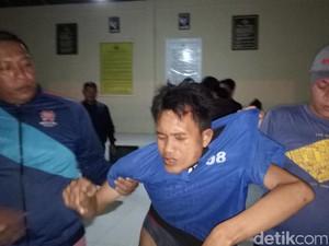 Polisi Minta Warga Kembalikan Uang yang Disebar di Jalanan Palembang