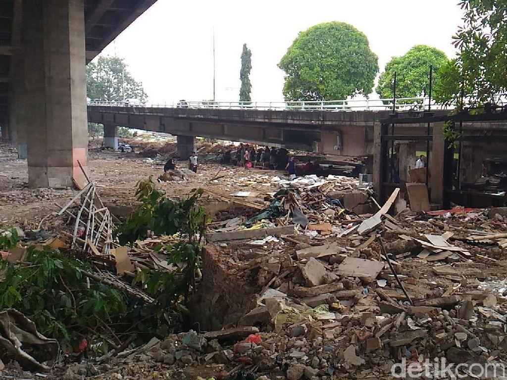 Taman Jomblo Bandung Jadi Referensi RTH di Kolong Tol Kalijodo