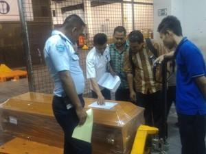 Meninggal di Hongkong, 2 Jenazah TKW asal Blitar Tiba di Surabaya