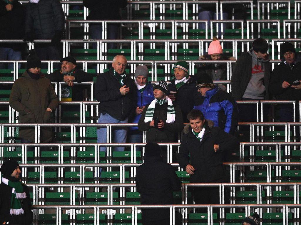 Safe Standing, Premier League Coba Perkenalkan Lagi Tribun Berdiri