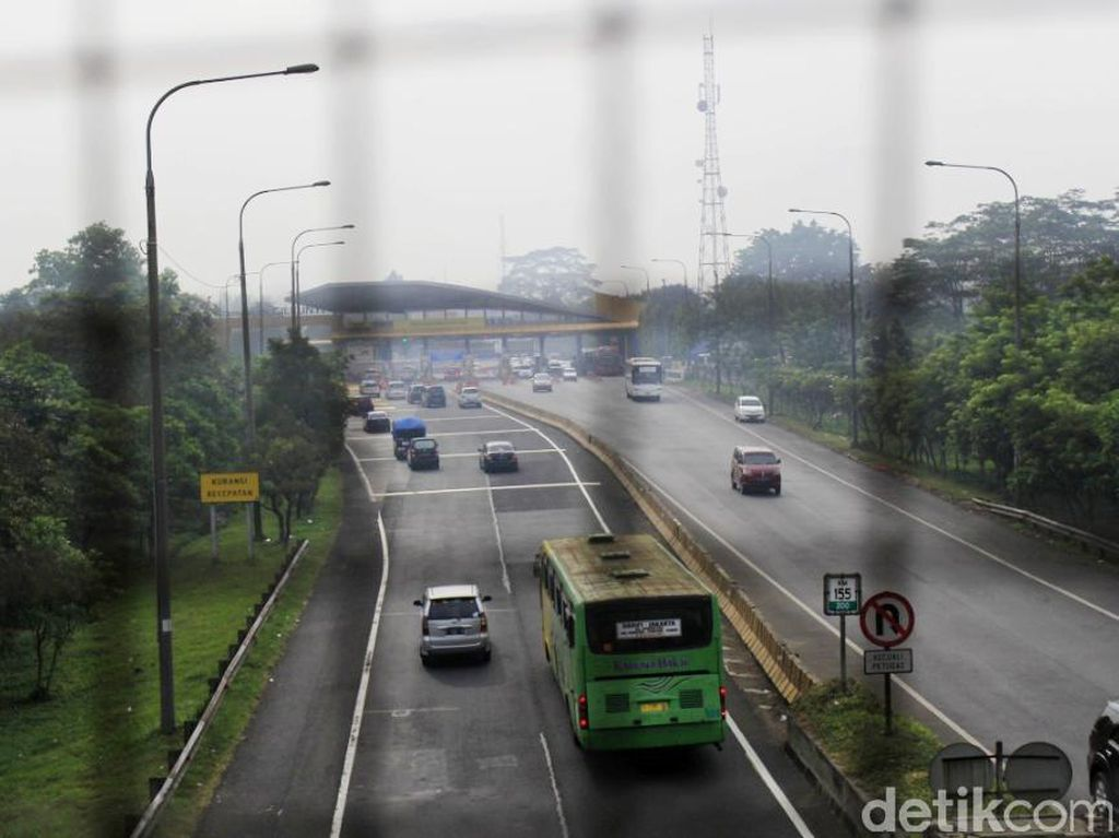Ini Jalan yang Dilarang Dilintasi Kendaraan Berat Selama Nataru di Jabar