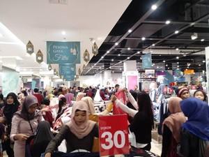 Transmart Carrefour Mataram NTB Telah Dibuka