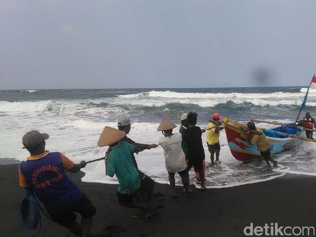 Paceklik Berlalu, Nelayan Pantai Depok Bantul Panen Ikan