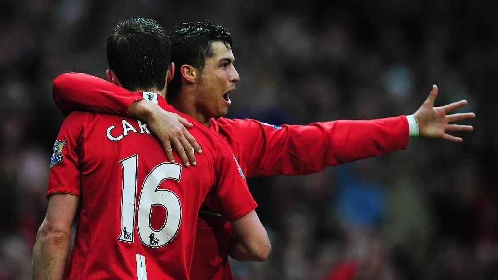 Carrick Enggan Pikirkan Spekulasi Ronaldo Kembali ke MU