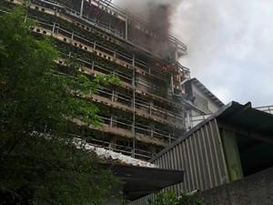 Gedung Parkir Mal PVJ Bandung Terbakar