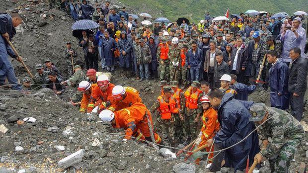 Longsor di China hingga Perundingan Pemulangan Rohingya