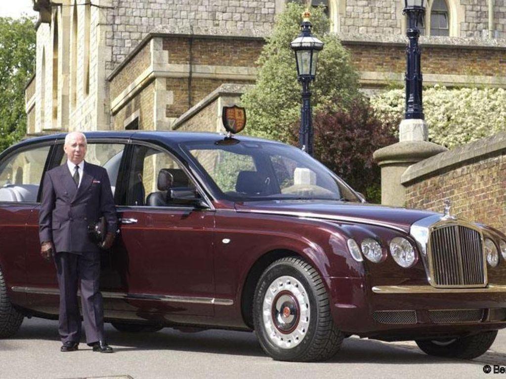 Koleksi Mobil Ratu Elizabeth Nih..