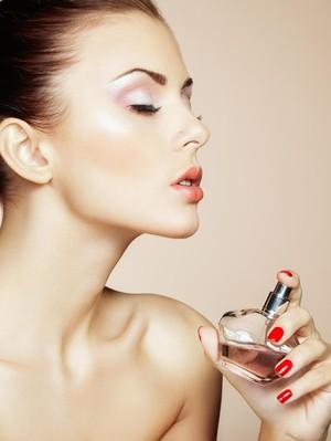 10 Tips Agar Tubuh Kamu Tetap Wangi dari Pagi Sampai Malam