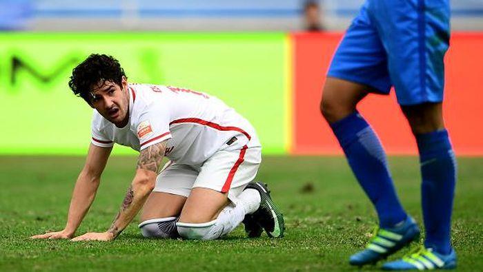 Alexandre Pato diisukan akan kembali ke Serie A (Foto: STR/AFP/Getty Images)