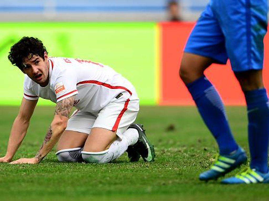 Tianjin Quanjian Sedang Bermasalah, Pato Balik ke Milan?