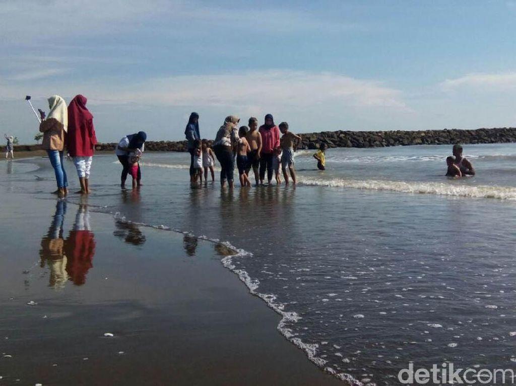 Wisatawan Mulai Singgahi Obyek Wisata di Pantura