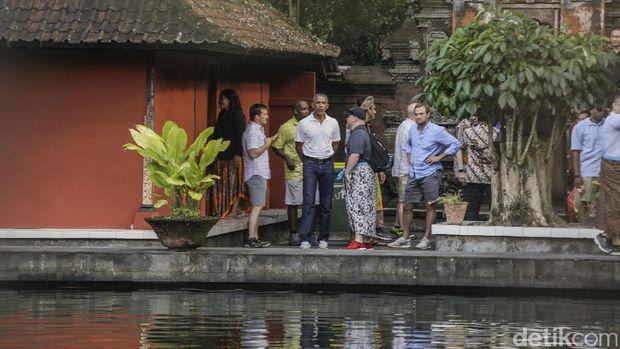 Obama di Pura Kawi