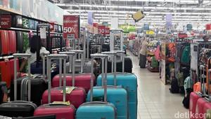 Belanja ke Transmart Carrefour, Ada Diskon Koper Hingga 50%