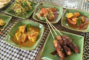 8 Warung Makan hingga Restoran Ini Bisa Dikunjungi Kalau Sedang ke Jimbaran