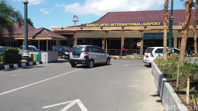 Ilustrasi Bandara  Adisutjipto (Edzan Raharjo/ detikcom)