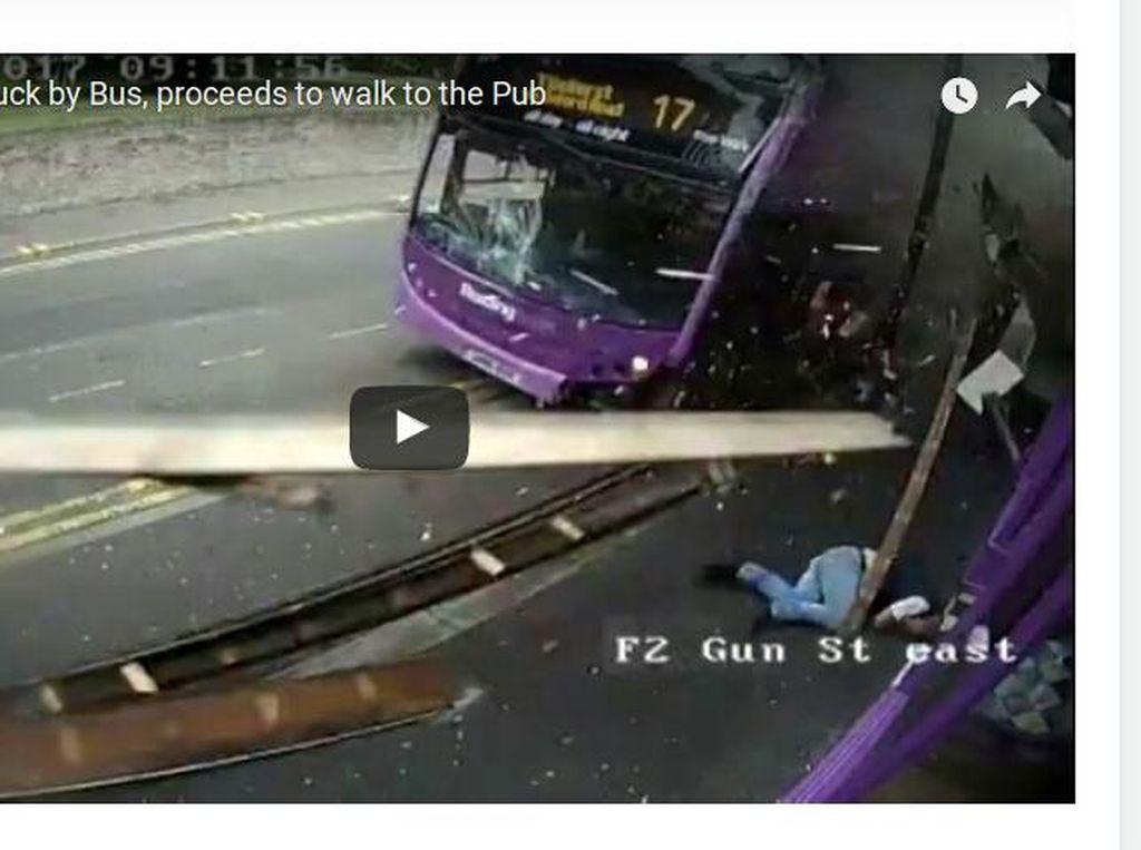 Ditabrak Bus Tingkat, Pria Ini Malah Dianggap Bohong