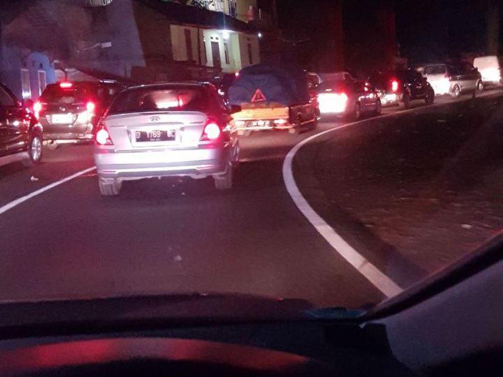 Horor Macet Pasar Limbangan, Ciamis-Bandung Ditempuh 8,5 Jam