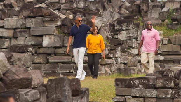 Obama di Candi Prambanan