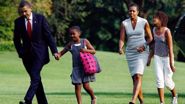 Ini Pola Asuh Anak Warisan sang Ibu yang Diterapkan Michelle Obama