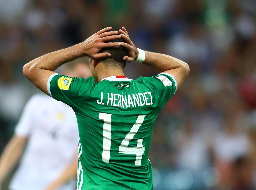 Leverkusen Tak Takut Kehilangan Chicharito