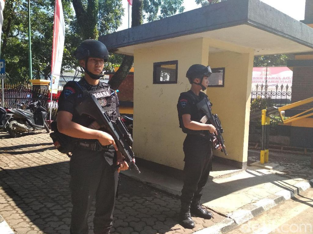 Mabes Polri Diserang, Pengamanan Markas Polisi di Jabar Diperketat